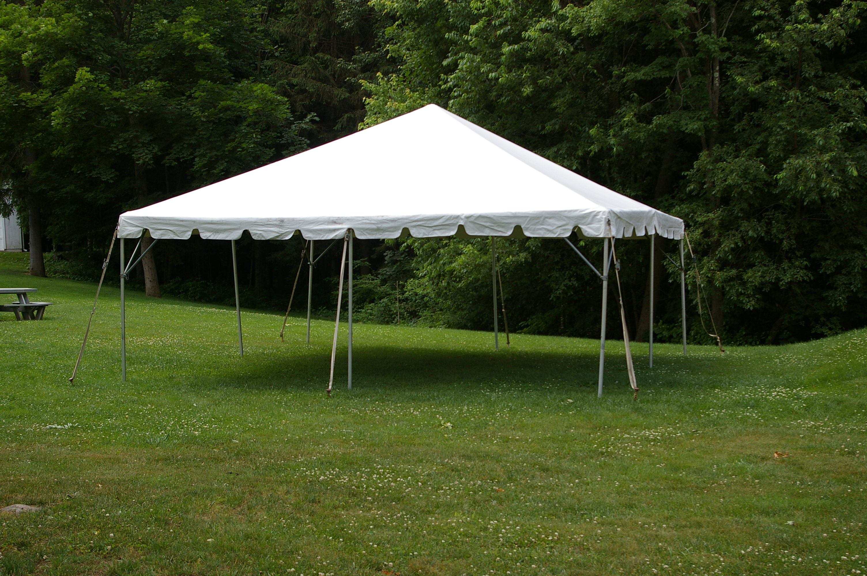 20 x 20 frame tent 345